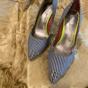 Blue stripe Rachel Roy heels